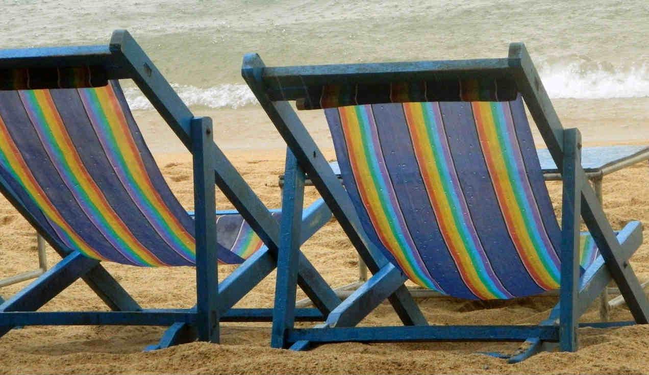 beach-chairs-209769_1280