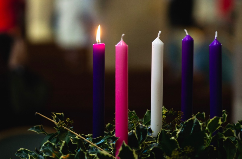 Christmas_Advent_Wreath_Candles_Flame-3